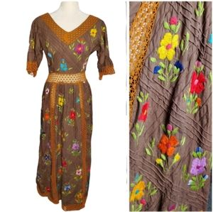 VINTAGE crochet embroidered bell sleeve maxi dress
